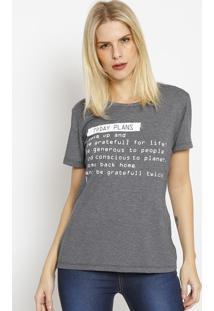"""Camiseta """"Today Plans"""" - Cinza Escuro & Branca - Coccoca-Cola"""