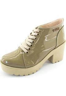 Bota Quality Shoes Tratorada Verniz Feminina - Feminino-Marrom Claro