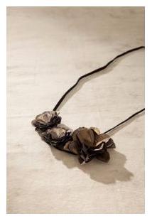 Colar Flor Paetê Bronze