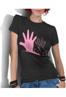 Camiseta Criativa Urbana Engraçadas Divertidas Coelho Sombra - Feminino-Preto