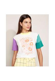 "T-Shirt Feminina Mindset Happiness"" Floral Manga Curta Colorida Decote Redondo Off White"""