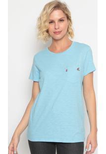 Camiseta Com Bolso & Bordado- Azul Claro & Rosa Clarolevis