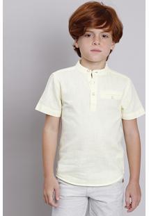 Camisa Infantil Com Bolso Manga Curta Gola Portuguesa Amarelo Claro