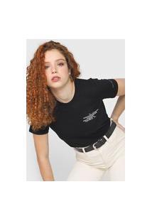 Camiseta Calvin Klein Jeans Relevo Preta