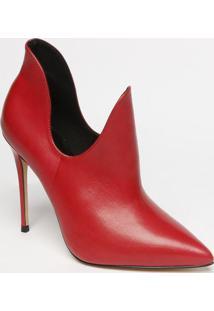 Ankle Boot Em Couro Com Recortes Vazados- Vermelha- Carrano