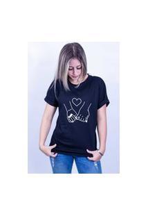 Camiseta Bilhan Corte A Fio Maos Dadas Gde Preta