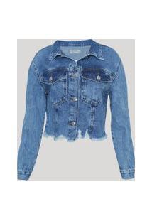 Jaqueta Jeans Feminina Cropped Marmorizada Com Bolsos E Barra Desfiada Azul Médio