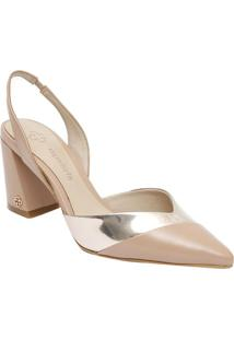 9f4d1d94f Sapato Chanel Em Couro Com Recortes- Nude & Dourado-Capodarte