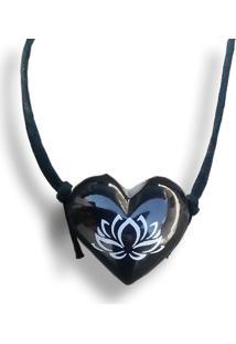 Colar Aromatizador Coração Flor De Lotus Preto Difusor Pessoal Ortega