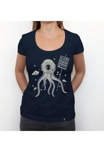 Compra-Se Pérolas - Camiseta Clássica Feminina