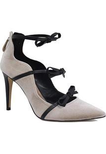 c08d2d3f6 Sapato Feminino Cecconello Scarpin Laço Salto Alto