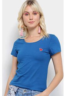 Camiseta Top Moda Bordado Coração Feminina - Feminino