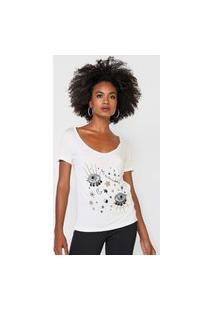Camiseta Carmim Aplicações Off-White