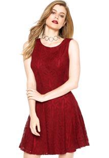 Vestido Morena Rosa Curto Renda Vinho