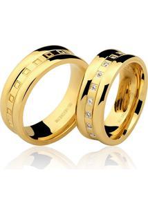 Aliança Kumbayá Trabalhada Em Ouro 18K Com 7 Mm De Largura Com Detalhes De Quadradinhos E Diamantes