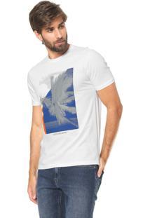 3b71060d2 Dafiti. Camiseta Calvin Klein Jeans Reta Estampada Branca