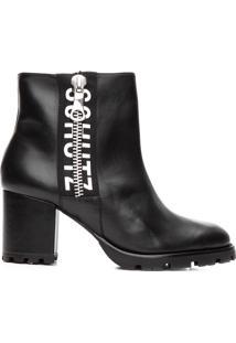 Bota Feminina Ankle Boot Tratorada Logo - Preto