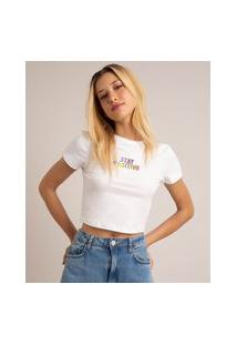 """Camiseta Cropped """"Stay Positive"""" Manga Curta Decote Redondo Off White"""