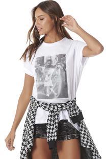Camiseta Beijo Guerra Serinah Brand Branca