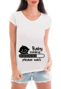 T-Shirt Criativa Urbana Gestante Bebe Carregando - Feminino