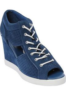 Sneaker Em Couro Com Microfuros - Azul Escuro - Saltlacoste