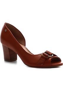 Peep Toe Couro Shoestock Salto Médio Fivela - Feminino-Caramelo