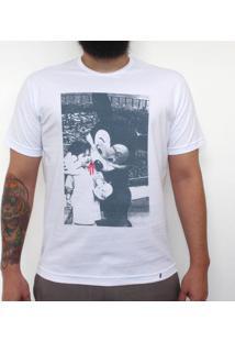 Mr. Mickey - Camiseta Clássica Masculina