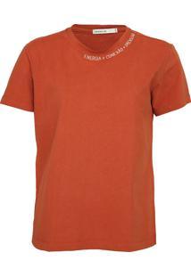 Camiseta Dress To Bordada Caramelo - Kanui
