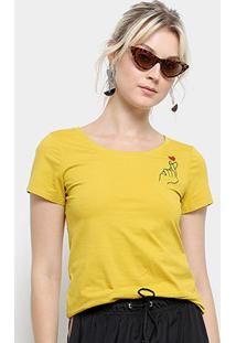 Camiseta Top Moda Bordada Estalo Coração Feminina - Feminino-Amarelo