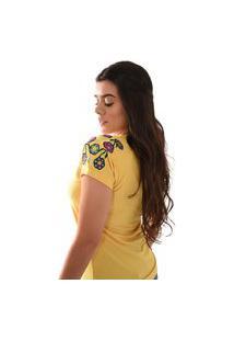 T-Shirt Miss Country Bordado Flores Amarela