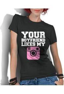 Camiseta Criativa Urbana Frases Engraçadas Your Boyfriend - Feminino-Preto
