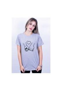 Camiseta Bilhan Corte A Fio Mãos Dadas Gde Cinza
