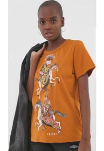 Camiseta Colcci Estampada Caramelo - Kanui
