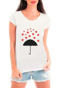 Camiseta Bata Criativa Urbana Chuva De Corações Guarda-Chuva Amor - Feminino
