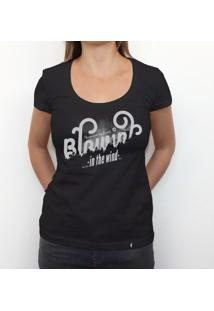 Blowin In The Wind - Camiseta Clássica Feminina