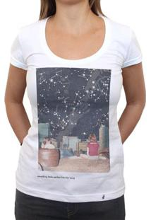 Perfect From Far Away - Camiseta Clássica Feminina