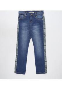 Calça Jeans Infantil Com Faixa Camuflada E Bolsos Azul Escuro