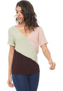Camiseta Forum Recortes Verde/Rosa