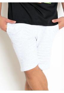 Bermuda Cinza Masculina Com Detalhe Drapeado