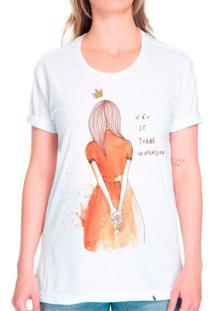 Não Se Torne Inofensiva - Camiseta Corte Tradicional