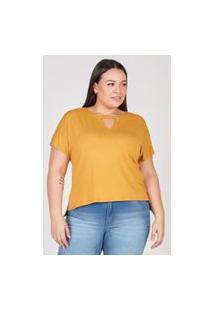 T-Shirt Com Decote V Elegance