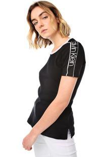 Camiseta Calvin Klein Recortes Preta/Branca