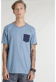 Camiseta Masculina Com Bolso Estampado De Pranchas Manga Curta Gola Careca Azul