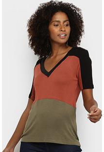 Camiseta Acostamento Gola V Feminina - Feminino-Marrom Escuro