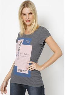 "Camiseta ""A Special Date""- Cinza Escuro & Rosa Clarococa-Cola"