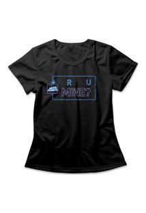 Camiseta Feminina Arctic Monkeys R U Mine? Preto