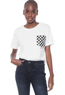 Camiseta Cavalera Bolso Quadriculado Branca