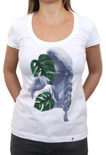 Floating In Space - Camiseta Clássica Feminina