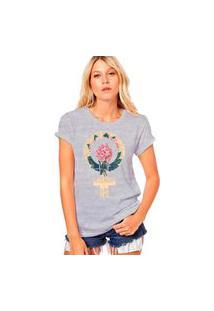 Camiseta Coolest Símbolo Feminismo Cinza