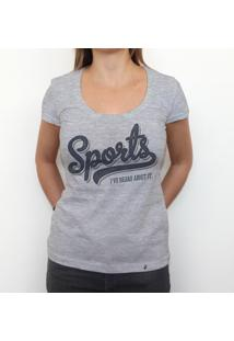 Sports - Camiseta Clássica Feminina